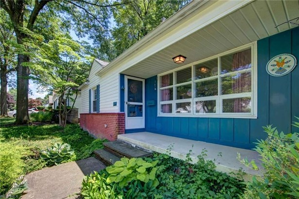 3672 Brinkmore Rd, Cleveland Heights, OH - USA (photo 2)