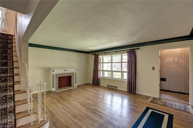 3672 Brinkmore Rd, Cleveland Heights, OH - USA (photo 5)