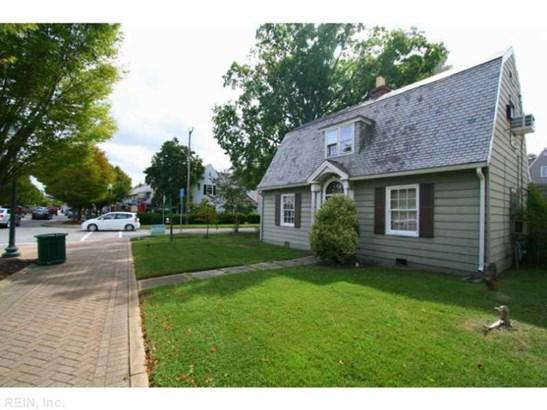 10401 Warwick Blvd, Newport News, VA - USA (photo 1)