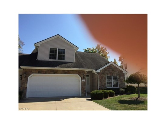128 Stonecreek Dr, Mayfield Heights, OH - USA (photo 1)