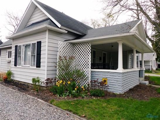 107 W Garfield Avenue, Swanton, OH - USA (photo 2)