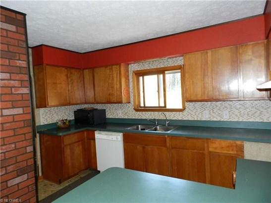 16731 Farmington Rd, Parkman, OH - USA (photo 4)