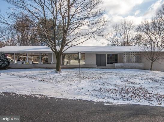 1099 Twin Lakes Dr, Harrisburg, PA - USA (photo 1)