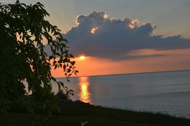 3088 Whispering Shores, Vermilion, OH - USA (photo 4)