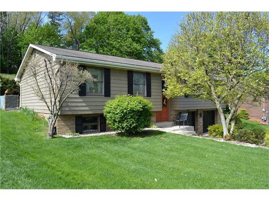 29 Robin Hill Drive, Mc Kees Rocks, PA - USA (photo 1)