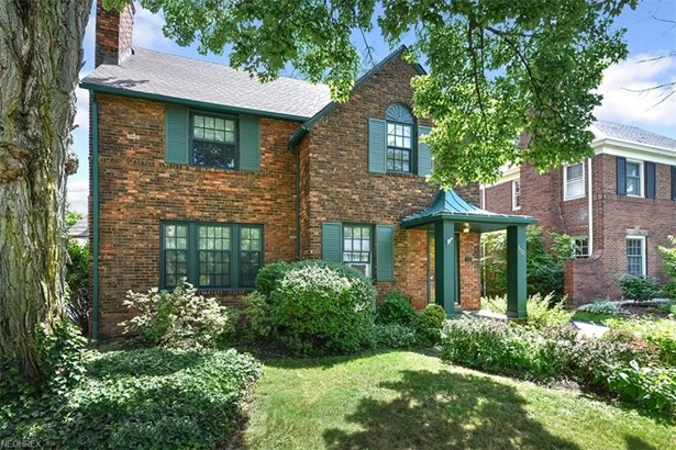 3329 Chalfant Rd, Shaker Heights, OH - USA (photo 1)
