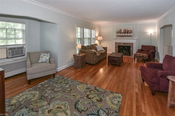 3329 Chalfant Rd, Shaker Heights, OH - USA (photo 4)