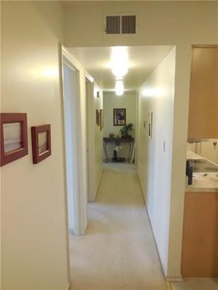 1030 Eve Unit #d, Scott Township, PA - USA (photo 3)