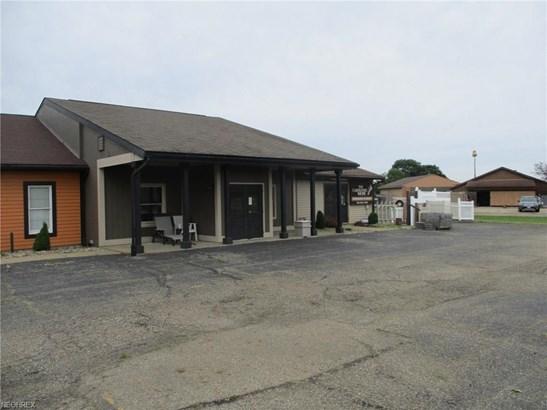 10880 State Route 212 Ne, Bolivar, OH - USA (photo 1)