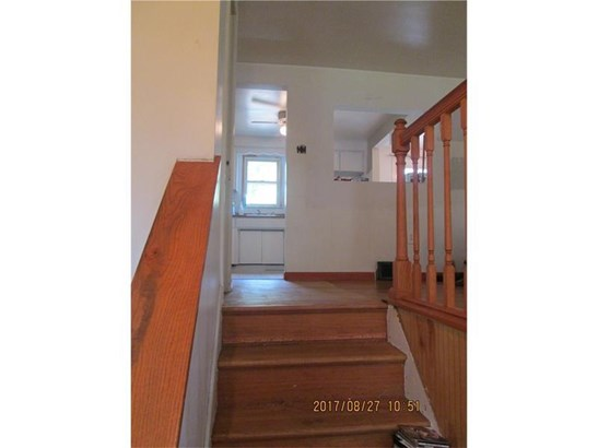 591 Lindsay Rd, Scott Township, PA - USA (photo 2)