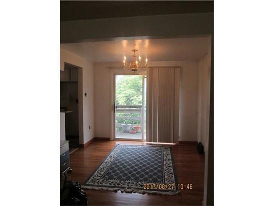 591 Lindsay Rd, Scott Township, PA - USA (photo 4)