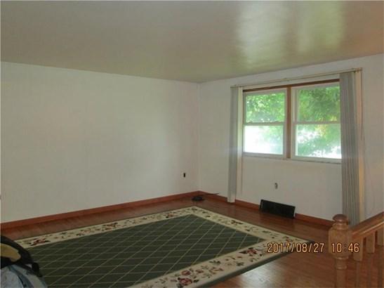 591 Lindsay Rd, Scott Township, PA - USA (photo 5)