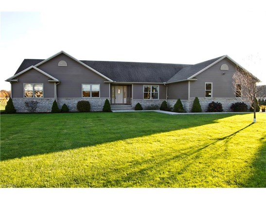 14265 Butternut Rd, Burton, OH - USA (photo 1)