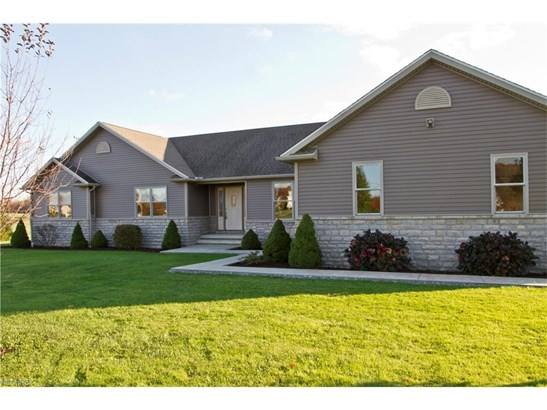 14265 Butternut Rd, Burton, OH - USA (photo 2)