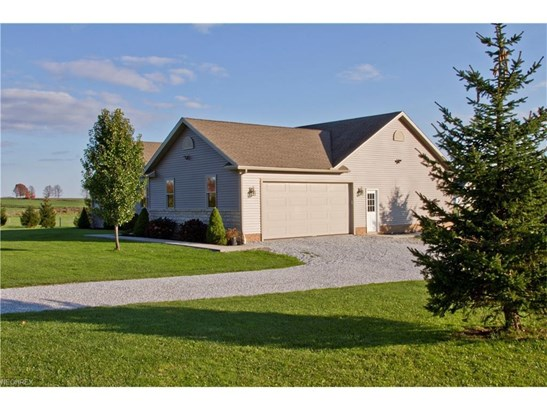 14265 Butternut Rd, Burton, OH - USA (photo 3)