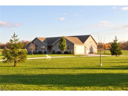 14265 Butternut Rd, Burton, OH - USA (photo 5)