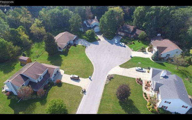 89 River Run Dr Drive, Fremont, OH - USA (photo 4)