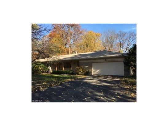 13367 Cedar Acres Dr, Chesterland, OH - USA (photo 1)