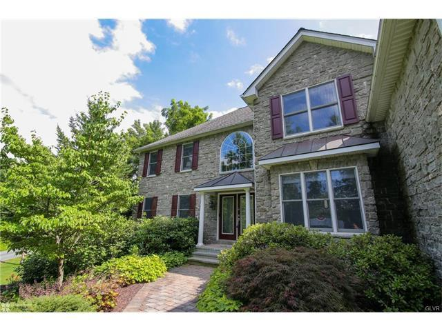 2752 Valley View Road, Hellertown, PA - USA (photo 4)