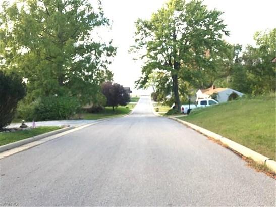 36292 Lake Shore Blvd, Eastlake, OH - USA (photo 2)