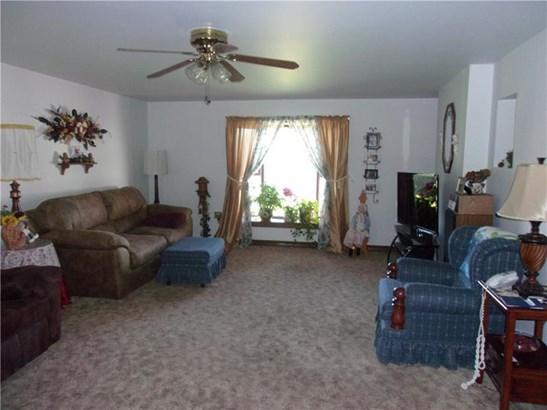 9980 Barnes Avenue, North Huntingdon, PA - USA (photo 3)