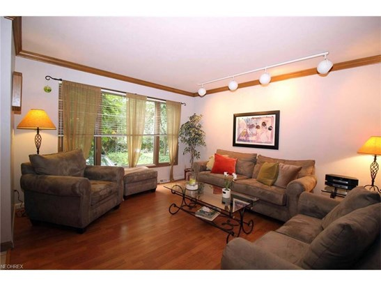 4030 Meadowbrook Blvd, University Heights, OH - USA (photo 4)