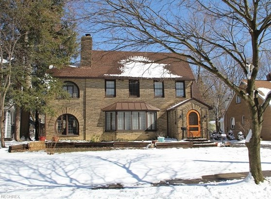 1559 Crest Rd, Cleveland Heights, OH - USA (photo 1)