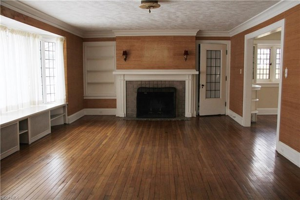 1559 Crest Rd, Cleveland Heights, OH - USA (photo 2)