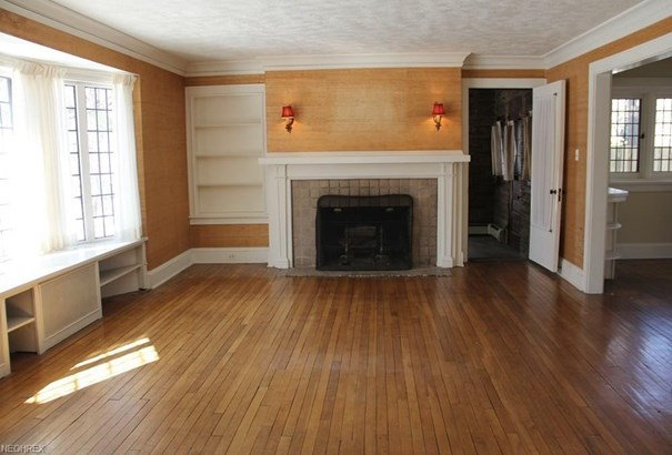 1559 Crest Rd, Cleveland Heights, OH - USA (photo 3)