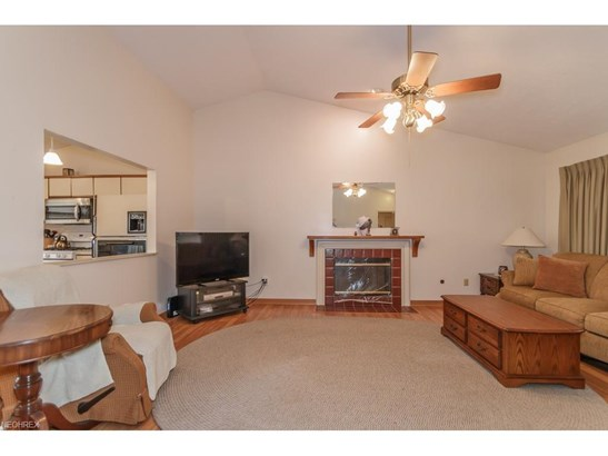 457 Oak Hollow Dr, Madison, OH - USA (photo 3)