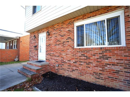 1548 Fruitland Ave, Mayfield Heights, OH - USA (photo 1)
