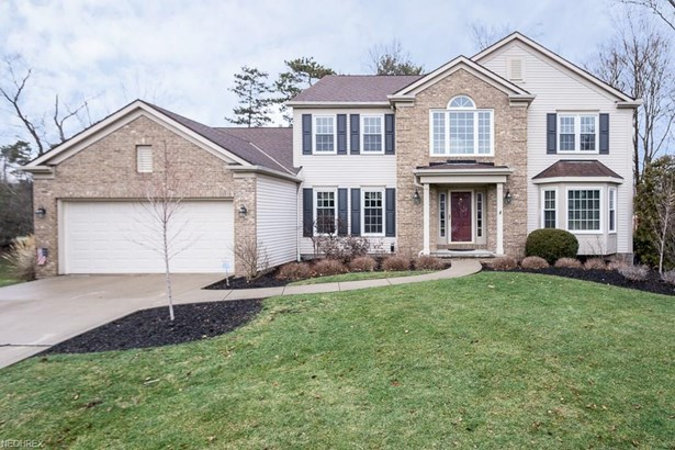 17898 Monterey Pine Dr, Strongsville, OH - USA (photo 1)
