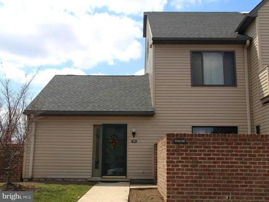 1101 Cherrington Dr, Harrisburg, PA - USA (photo 2)