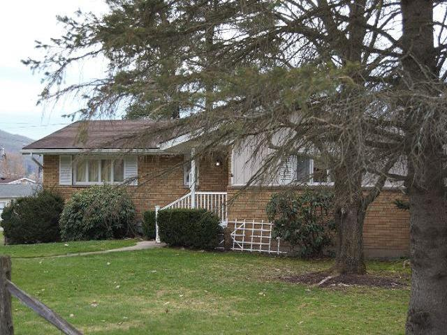 83 Gregory Avenue, Bradford, PA - USA (photo 2)