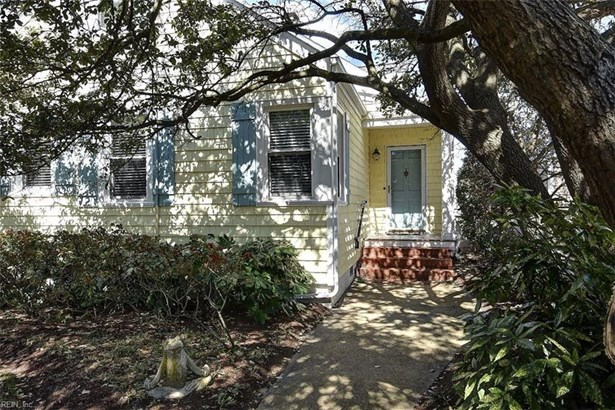 2050 E Ocean View Ave, Norfolk, VA - USA (photo 2)