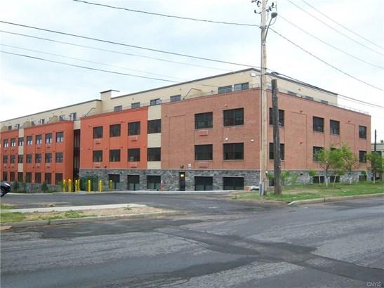 721 North Clinton Street, Syracuse, NY - USA (photo 1)