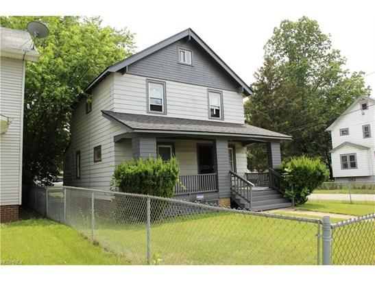 13602 Darley Ave, Cleveland, OH - USA (photo 2)