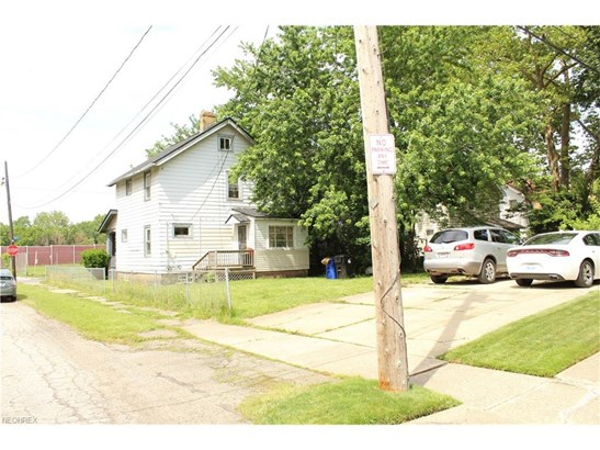 13602 Darley Ave, Cleveland, OH - USA (photo 4)