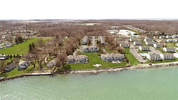 616 Monument View, Lakeside-marblehead, OH - USA (photo 3)