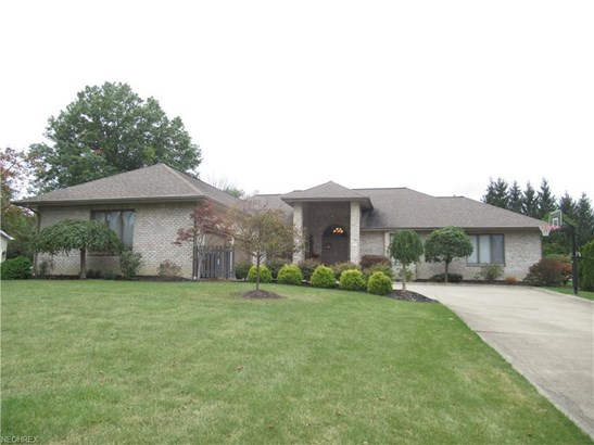 370 Shadydale Dr, Canfield, OH - USA (photo 1)