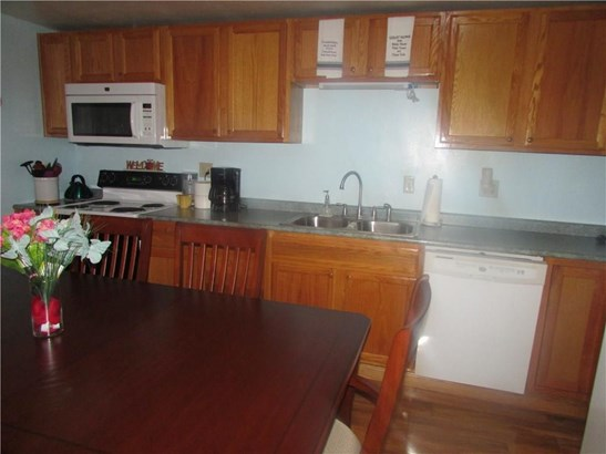 9761 Perry Highway, Waterford, PA - USA (photo 4)