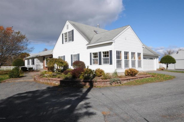 32 Bayberry, Queensbury, NY - USA (photo 5)