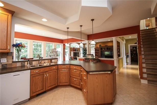 15 Brookmere Circle, Penfield, NY - USA (photo 3)
