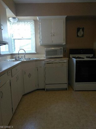14910 James Ave, Maple Heights, OH - USA (photo 2)