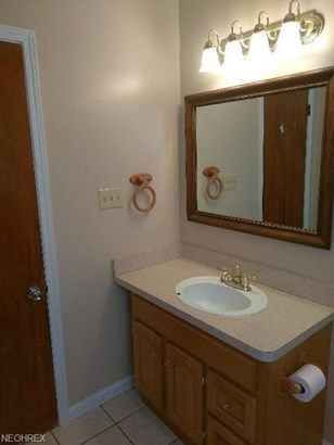 14910 James Ave, Maple Heights, OH - USA (photo 3)