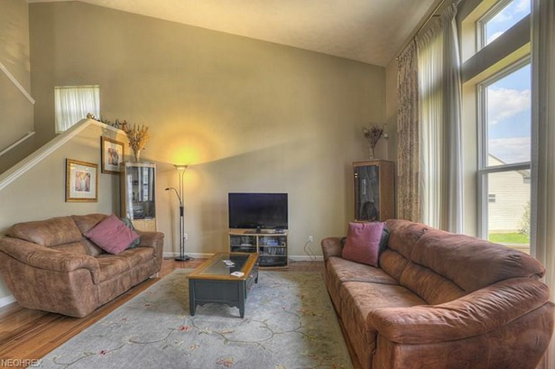 429 Carrington Ln, Broadview Heights, OH - USA (photo 5)