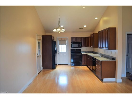 9955 Delray St 1a, New Middletown, OH - USA (photo 3)