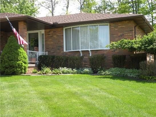 6111 Night Vista Dr, Parma, OH - USA (photo 2)