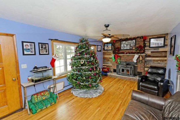 82 North Lincoln St, Mechanicville, NY - USA (photo 3)