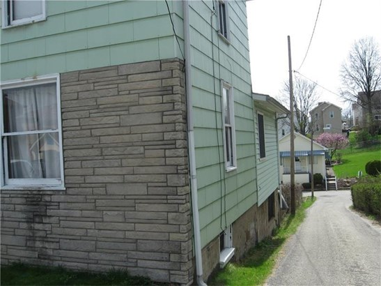 531 W Washington Street, Mount Pleasant, PA - USA (photo 2)
